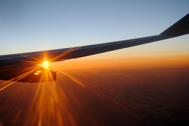 Consejos Para Viajar En Avión Sin Molestias: 10 Nuevos Consejos Para Viajar: A Bordo