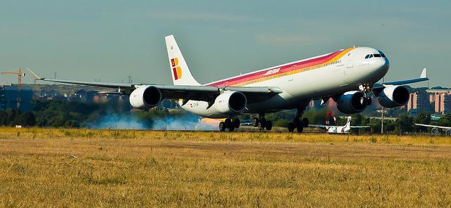 Iberia Airbus A340 EC-IQR 'Salvador Dali' por jmiguel.rodriguez