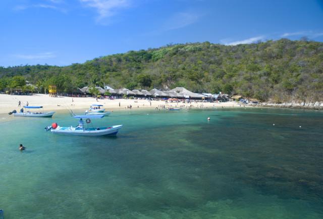 Bahia-Huatulco-Oaxaca-Mexico-Playa