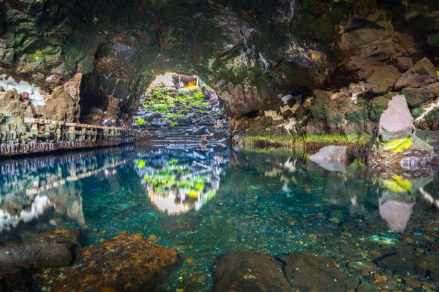 espana-lanzarote-jameos-agua-islas-canarias-cesar-manrique-fominayaphoto-shutterstock_376620367