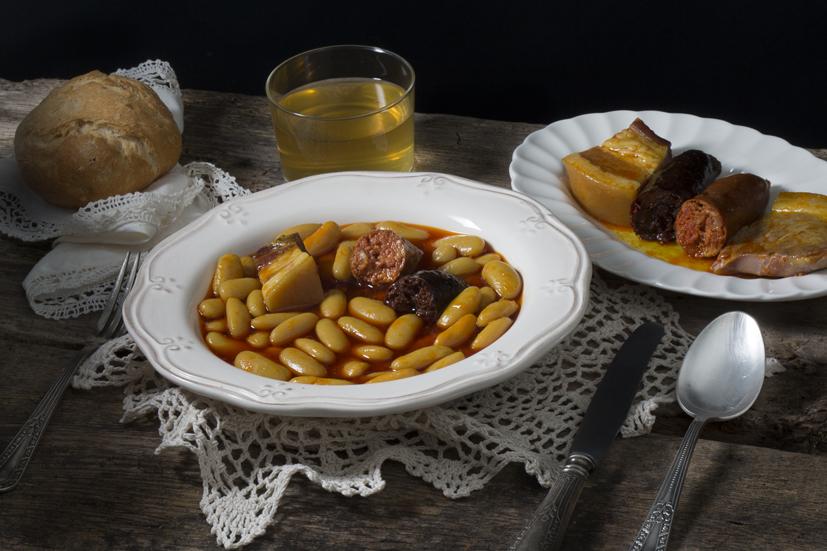 Fabada_Asturiana_Gastronomía_Asturias_España
