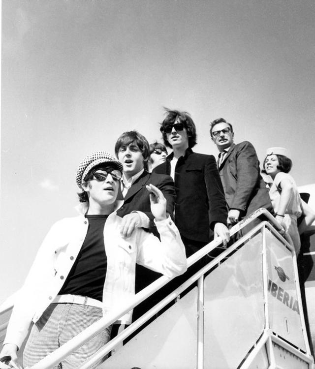 Los Beatles con Iberia - Beatlemania