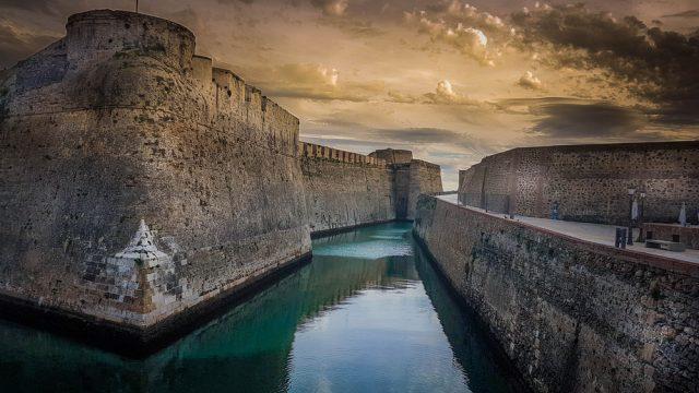 Murallas Ceuta España mehdi charia Shutterstock