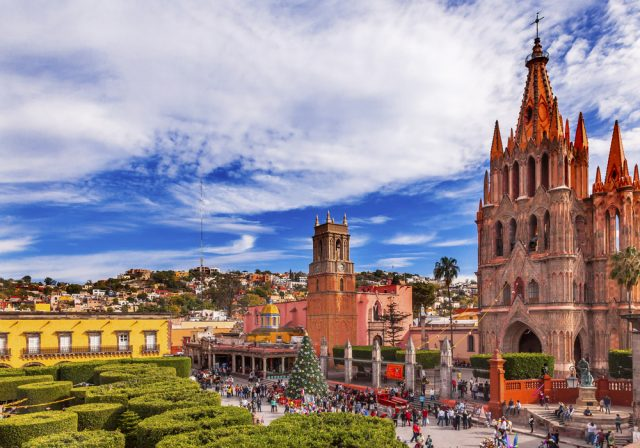 San Miguel Allende Parroquia San Miguel Bill Perry Shutterstock