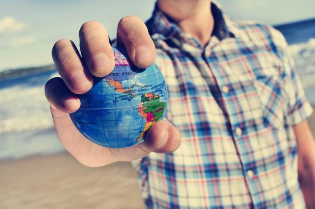 Viajar-Solo-Viaje-Solitario-nito-Shutterstock-640x425