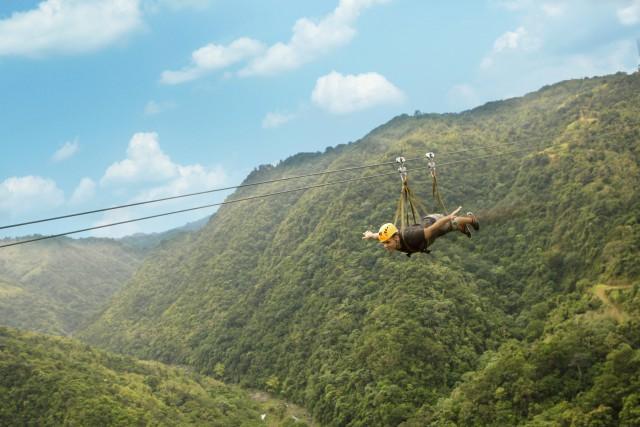 Zipline-Tirolina-Toro-Verde-Puerto-Rico-Caribe