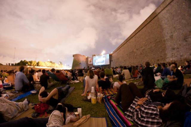 cinema a la fresca-Ender84