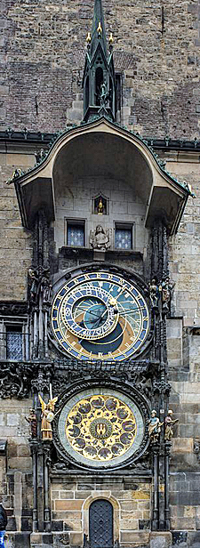 307px-Astronomical_Clock_Prague by Heinz-Josef Lücking
