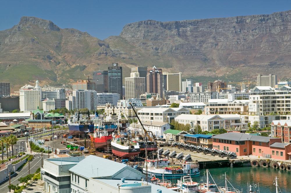 L2F Dec 14 Africa Cape Town shutterstock_108395399