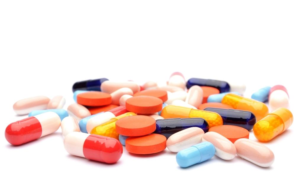 L2F Nov 14 fearless meds pills shutterstock_184345154