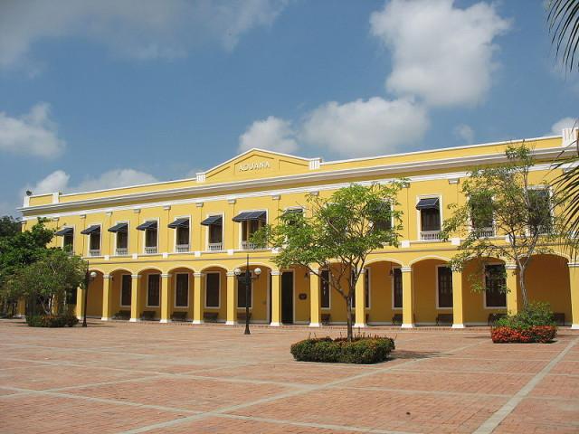 Colombia Barranquilla Casa de la Aduana Jdvillalobos Flicker Wikipedia