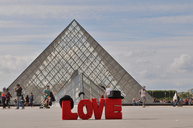 L2F Feb 15 pic Valentines Day Paris Louvre 2015