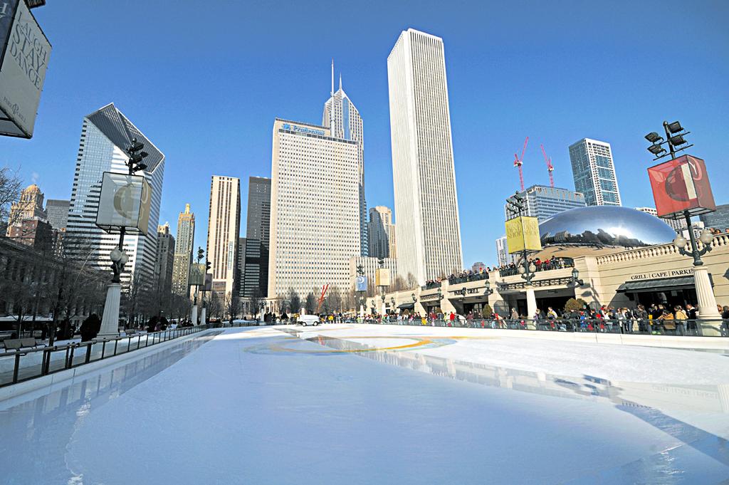 L2F Jan 15 pic USA IL Chicago Millennium Park ice skating rink Wikipedia Superx308