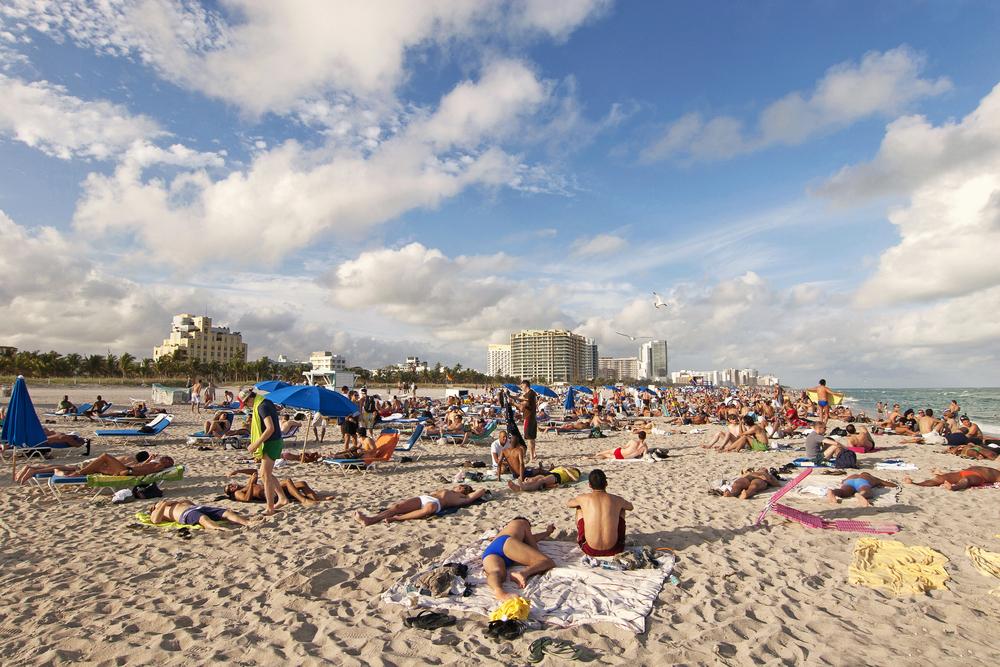 Florida Miami Beach South Beach sand Jazzmany shutterstock_202279711