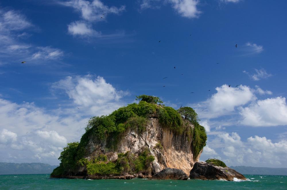 Dominican Republic - Samana Los Haitises National Park Cayo de los Pajaros Francois Gagnon shutterstock_113298931