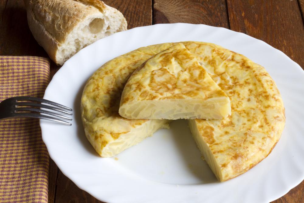 L2F Mar 15 pic Spain food greatest hits tortilla patatas potato omelette Shutterstock alfernec