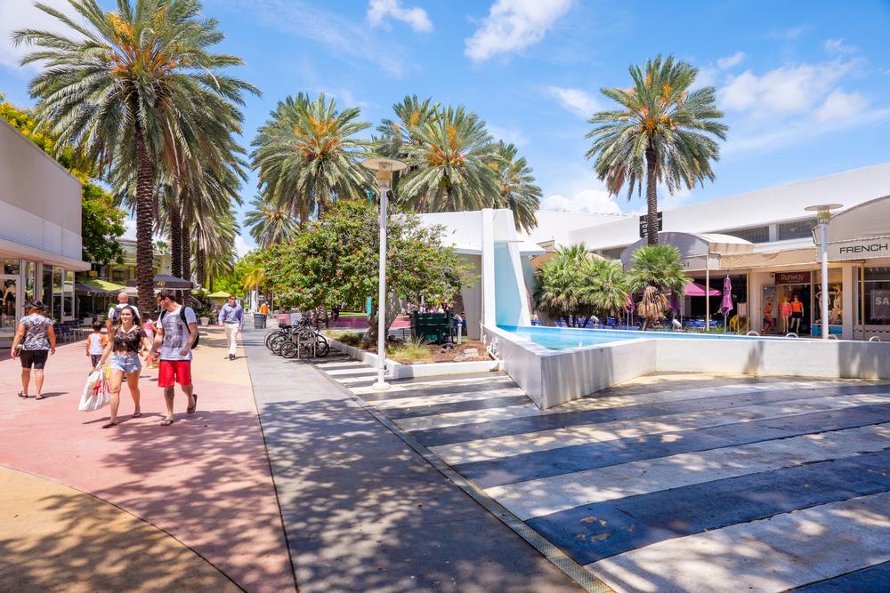 Florida Miami Beach Lincoln Road Fotoluminate LLC shutterstock_208834654