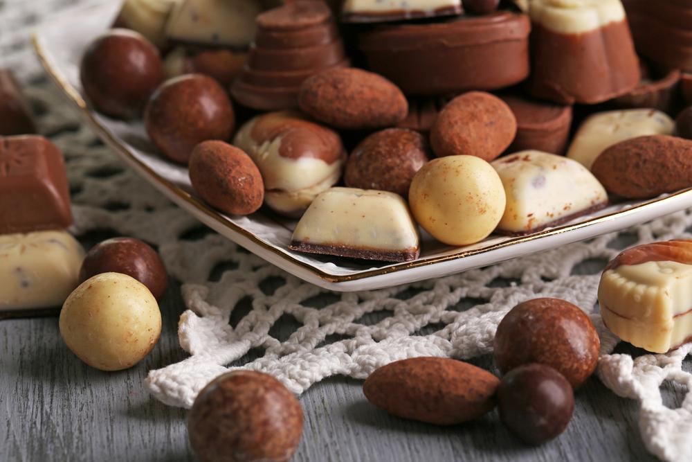L2F Mar 15 pic multi chocolate Africa Studio shutterstock_260669558