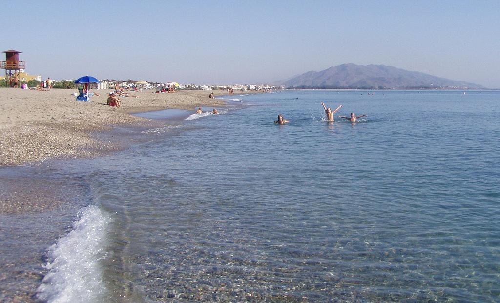 Spain Analusia Almeria Vera Playa - Bahía Fenicia Flickr