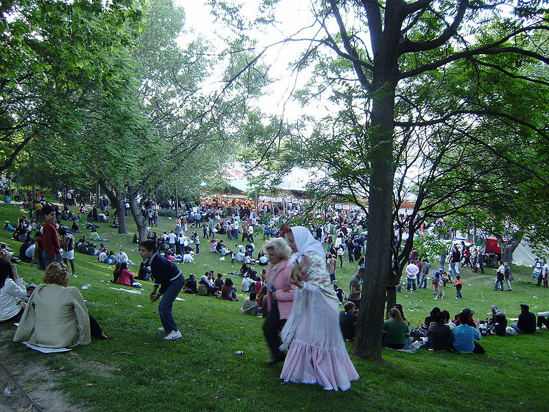 Pradera de San Isidro Festival, Madrid, Spain - Wikipedia/Jgomezcarroza