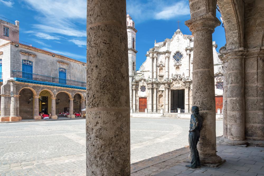 Cuba Havana Cathedral Square El Patio Kamira shutterstock_229287367