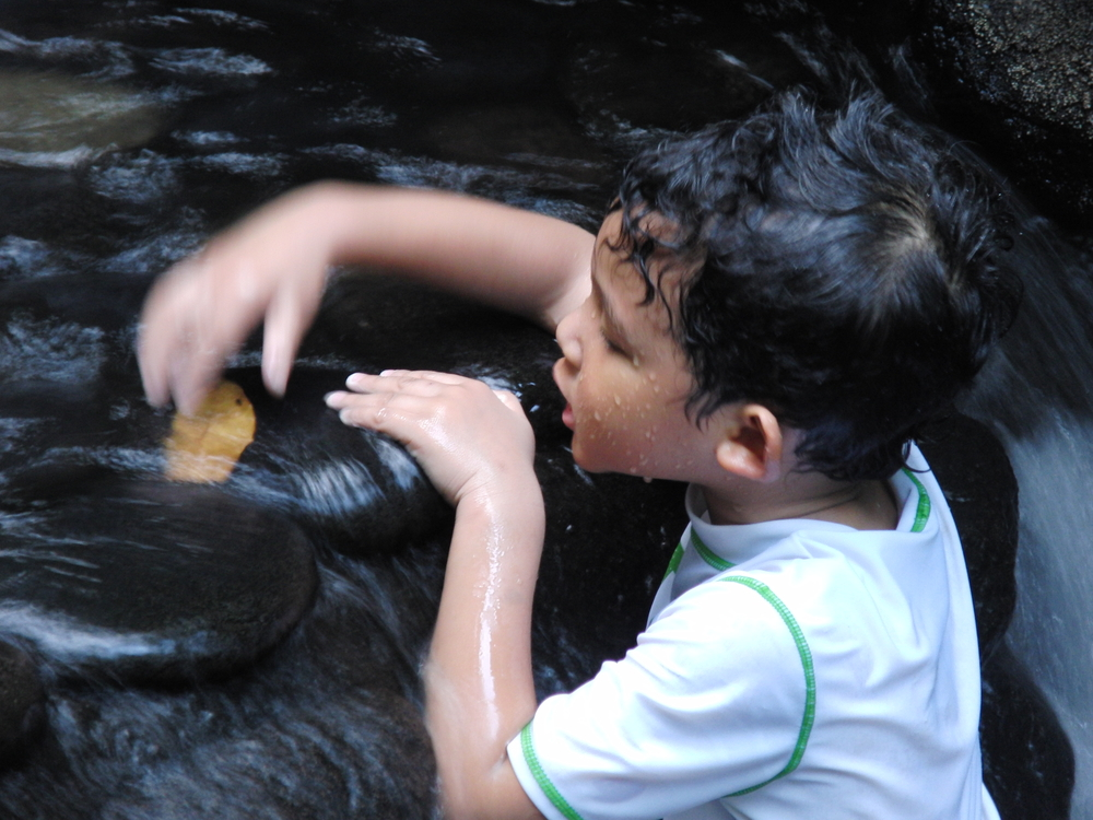 Latin America family travel Costa Rica thermal springs - R. Kung shutterstock_102969905