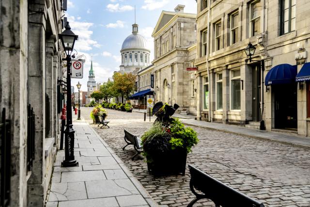 L2F Jul 15 pic Canada Vieux Montreal ProDesign studio shutterstock_214223128