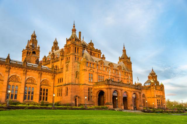 UK Britain Scotland Kelvingrove Museum Glasgow Leonid Andronov shutterstock_292544549