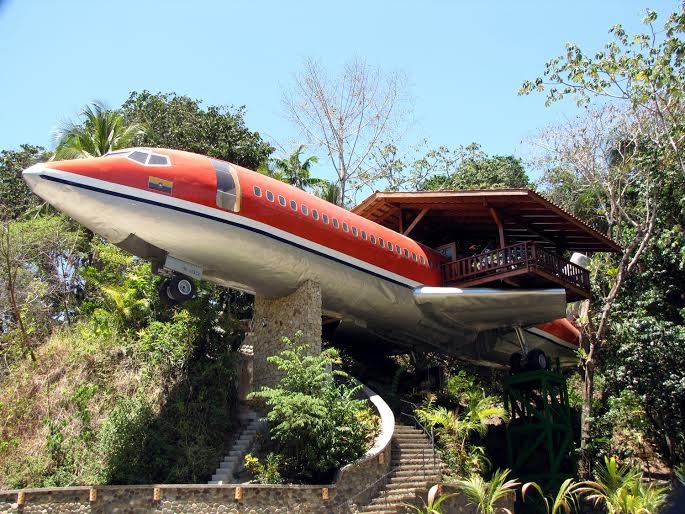 Costa Rica Manuel Antonio Costa Verde airplane hotel