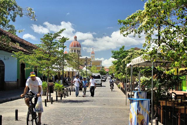 Nicaragua Granada Calle La Calzada nimdok Flickr