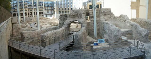 Spain Aragon Zaragoza Roman Theater Teatro Romano - Tony Rotondas Wikipedia Flickr