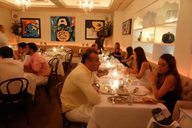USA Florida Miami restaurants beautiful people Bagatelle