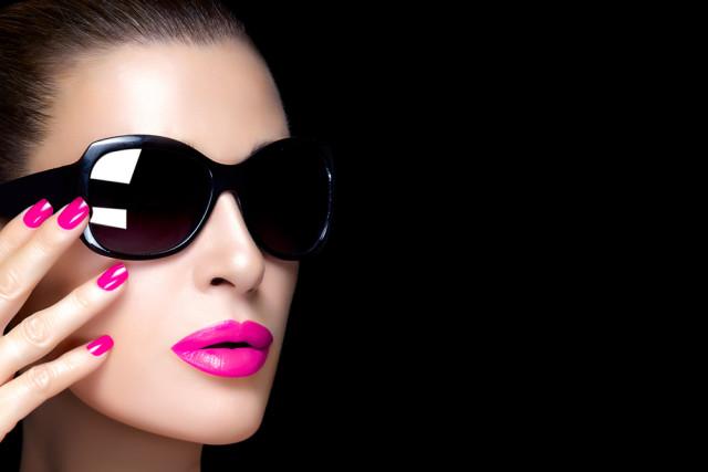 USA Florida Miami restaurants beautiful people woman sunglasses Casther shutterstock_242316400