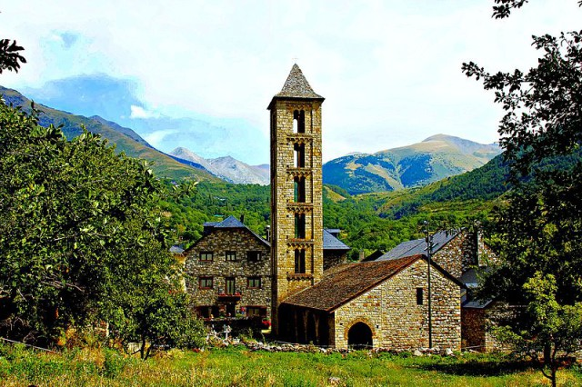 Spain Catalonia Lleida Lérida Vall de Boí Església de Santa Eulàlia d'Erill la Vall Flickr Wikipedia ferran pestaña
