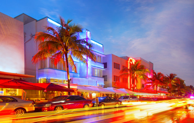 senior boomer travel USA Miami Beach Florida Ocean Drive fotomak shutterstock_150298607