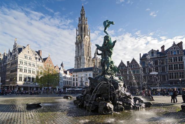 Belgium Flanders Antwerp Grote Markt villorejo shutterstock_162358538