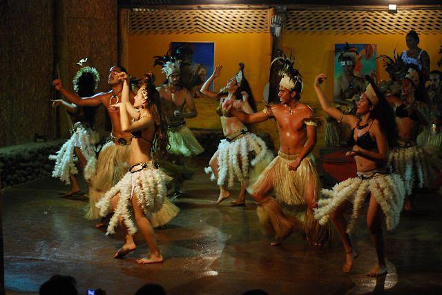 Chile Rapa Nui Easter Island native dances magical world Wikipedia