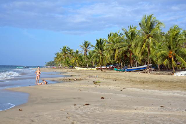 Costa Rica Talamanca Limón Caribbean beaches Playa Manzanillo beach Vilainecrevette shutterstock_137475386