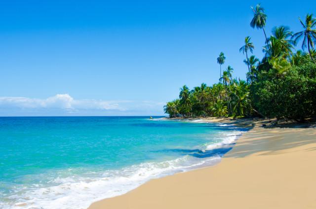 L2F Oct 15 pic Costa Rica Caribbean beaches Talamanca Limón shutterstock_171580844