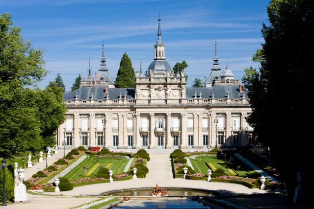Spain Segovia La Granja PHB.cz (Richard Semik) shutterstock_34787368