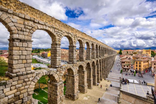Spain Roman Segovia aqueduct Sean Pavone shutterstock_283256648