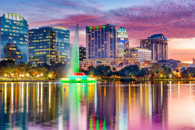 Florida Orlando Lake Eola Sean Pavone shutterstock_262697789