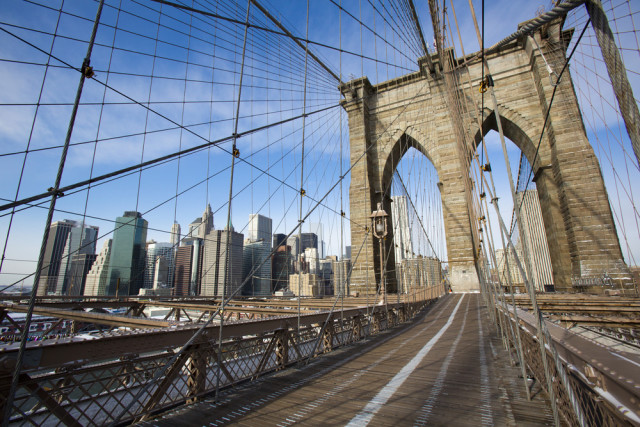 USA New York City Brooklyn Bridge MISHELLA shutterstock_173287787
