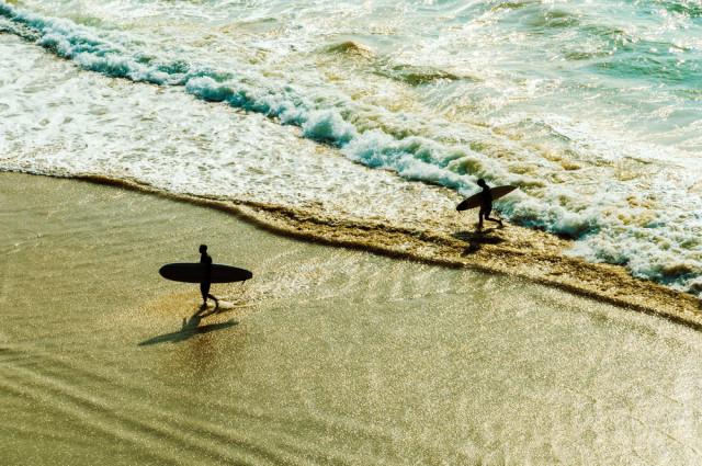 Biarritz France surfing Dutourdumonde Photography shutterstock_169906853