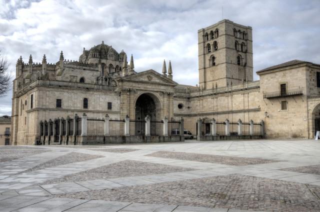 Spain Castile and León Zamora cathedral villorejo shutterstock_126951635