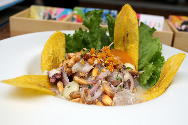Peru Lima Peruvian cuisine Renzo Vallejo httpswww.flickr.comphotosrenzovallejo-640x427
