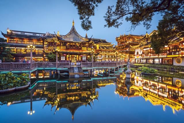 China Shanghai Yu Gaarden Sean Pavone shutterstock_199457384