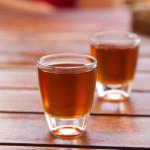Licores-Spirits-Espana-Spain-Ron-Miel-Honey-Rum-Tamara-Kulikova-shutterstock_101420803