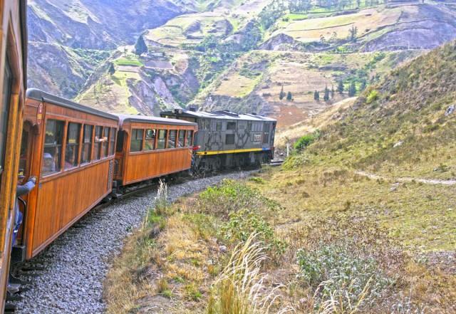 Devils-Nose-Train-Ecuador-Love2Fly-Latin-America
