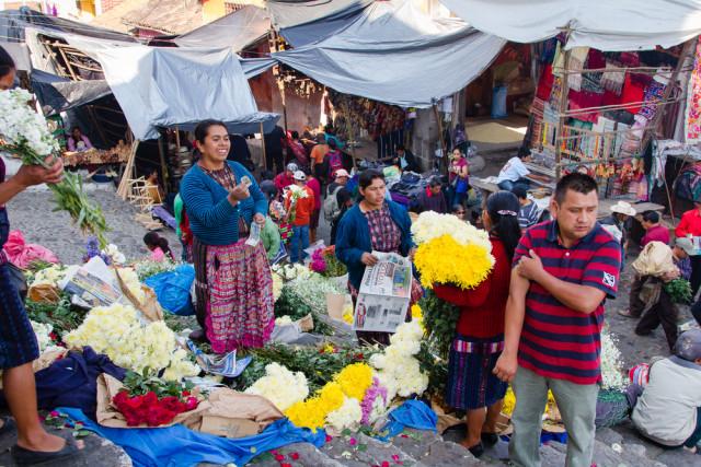 Guatemala Chichicastenango market Milosz Maslanka shutterstock_197735366